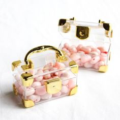 These mini travel suitcase favors add such a fun touch to any travel or vintage themed wedding.
