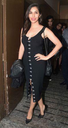 bollywoodmirchitadka: Bollywood Stars at Special Screening of Judwaa 2 G...