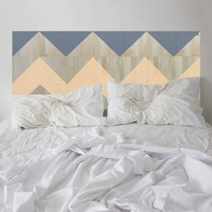 Apricot frosting. This ZIGGY headboard will be there for you through lifes ups and downs! Here, two complimentary colours are brought together with