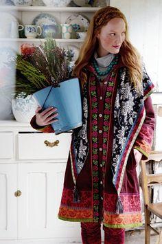 Hannah Read Baldrey styles Gudrun Sjödén for Country Living