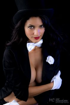 cosplayisagoodtime: Zatanna by Ivy95 Check out http://cosplayisagoodtime.tumblr.com for more awesome cosplay (Source: cosplaybutterfly.deviantart.com) Zatanna After Dark