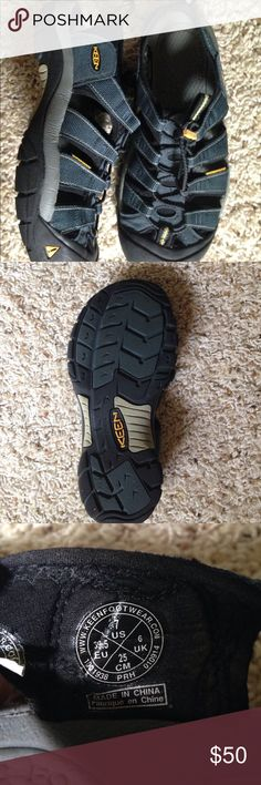 Keen Hiking Sandal Navy/gray....worn once! Perfect condition! Keen Shoes Sandals