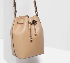 Zara bucket bag Zara, Wardrobe Basics, Girl Shower, Bucket Bag, Purses And Bags, Handbags, Shoe Bag, Clothes For Women, Womens Fashion