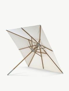 Atlantis Garden umbrella by Skagerak - Relaxing on hot days becomes more pleasant when you can hide from the sun under a spacious umbrella. Atlantis by Skagerak will not only provide you Modern Outdoor Decor, Modern Outdoor Furniture, Pool Furniture, Outdoor Rugs, Outdoor Tables, Outdoor Umbrellas, Outdoor Life, Contemporary Furniture, Atlantis
