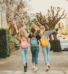 Back to school pics best friend pictures, bff pictures, friend pics, 3 friends Bff Pics, Cute Friend Pictures, School Pictures, Friend Photos, School Pics, Best Friend Fotos, Best Friend Photography, Cute Friends, Best Friends Forever