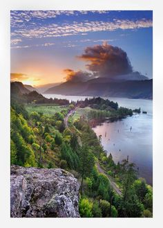 Sunset at Columbia River Gorge, Oregon by ~hikester