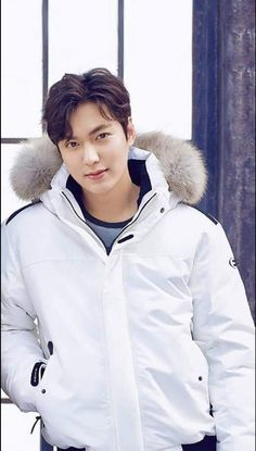 Jung So Min, Asian Actors, Korean Actors, Lee Min Ho Smile, Lee Min Ho Abs, Lee Minh Ho, Lee And Me, Lee Min Ho Photos, Frases