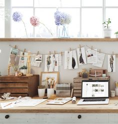 Freelance Artist Clothing Studio Atng her creative space Workspace Design, Office Interior Design, Home Office Decor, Small Sewing Space, Sewing Room Design, Sewing Studio, Clothing Studio, Cool Office Space, Decoration