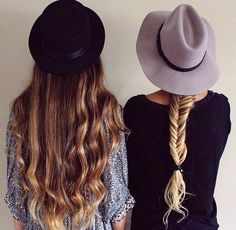 //Every brunette needs a blonde best friend//