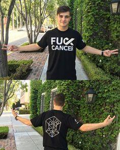 Martin Garrix in his stmpd fuck cancer t-shirt #martingarrix