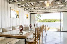 Kohdekuva Beach House, Dining Table, Rustic, Interior, Furniture, Home Decor, Beach Homes, Homemade Home Decor, Diner Table