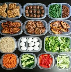 This Full On Buffet Of Awesome In Meal Prep Meal - Meal Prep Photos That Are Almost Too Perfect Meal Prep Or Is The Latest Craze Taking Over The Fitness And Health World The Trend Encourages Making Healthy Recipes Meals And Snacks For The Week Lunch Meal Prep, Healthy Meal Prep, Healthy Snacks, Healthy Recipes, Keto Recipes, Clean Eating Snacks, Healthy Eating, Healthy Fats, Snacks Sains