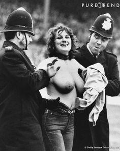 Erica Roe streaking during England vs Australia @ Twickenham, 1982.