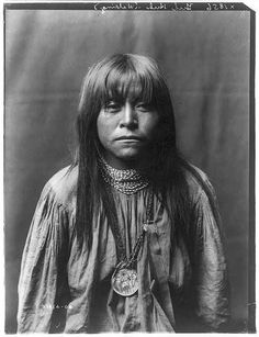 Yuls-Huls-Walking. Apache 1906
