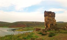 The Inca site of Sillustani by Puno overlooks a lagoon. #Perù #travel #viaggi #solotravel