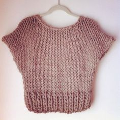 Tura crop top sweater - knitting pattern - PDF More