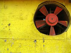Yellow & Red | Pinterest: @patriciamaroca