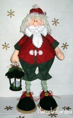 "**"" Santa iluminando el camino Decor Crafts, Diy And Crafts, Arts And Crafts, Christmas Decorations, Christmas Ornaments, Holiday Decor, Merry Christmas, Xmas, Waldorf Dolls"