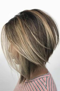 Classic Brunette Balayage - 20 Inspirational Long Choppy Bob Hairstyles - The Trending Hairstyle Inverted Bob Hairstyles, Medium Bob Hairstyles, Short Bob Haircuts, Easy Hairstyles, Straight Hairstyles, Hairstyles 2018, Graduated Bob Haircuts, 1930s Hairstyles, Short Bob Cuts