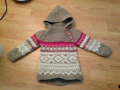Osloanorakk / Marius Original pin leads to the pattern for the Oslo anorak in the smallest size. Input the Marius pattern. Knitting For Kids, Crochet For Kids, Sewing For Kids, Crochet Baby, Knit Crochet, Fair Isle Knitting, Knitting Yarn, Baby Knitting, Jumper Knitting Pattern