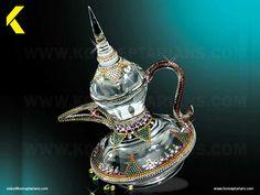 Swarovski Teapot - a crystal souvenir. Ramadan gift that displays islamic tradition.
