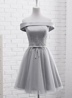 Simple Off Shoulder Grey Tulle Applique Bridesmaid Dresses, Knee Lengt – BeMyBridesmaid True Style Never Dies Silver Dama Dresses, Short Silver Dress, Silver Bridesmaid Dresses, Knee Length Bridesmaid Dresses, Simple Homecoming Dresses, Hoco Dresses, Dresses For Teens, Simple Dresses, Pretty Dresses