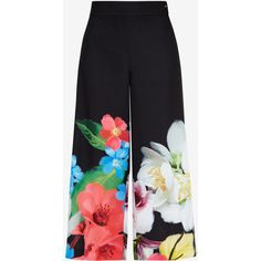 Ted Baker Forget Me Not Culottes ($239) ❤ liked on Polyvore featuring pants, capris, culottes, loose pants, loose fit pants, pocket pants, ted baker and crop pants