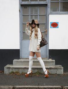 Louis Vuitton Noe Petit, Jessica Simpson Dany Heels
