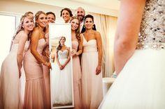 Ideas para las fotos de las damas de la boda #bodas #elblogdemaríajosé…