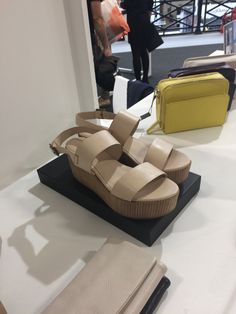 Boutique Shop, Balenciaga, Sandals, Sneakers, Shopping, Accessories, Shoes, Tennis, Shoes Sandals