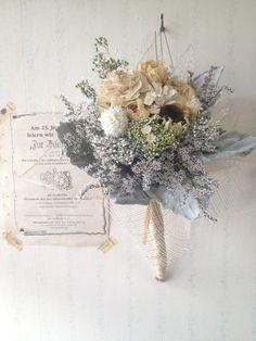More muted - bridesmaid Non Flower Bouquets, Dried Flower Bouquet, Dried Flowers, Wedding Bouquets, Alternative Bouquet, How To Preserve Flowers, Flower Decorations, Planting Flowers, Floral Arrangements