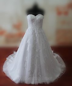188.00$  Buy here - http://vijrp.justgood.pw/vig/item.php?t=rije7a53693 - Real Samples Droped Waist Lace Wedding Dresses Lace-up Wedding Gowns Sweetheart