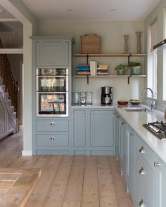 Small Kitchen Remodel and Storage Hacks on a Budget Kitchen Decor Remodeling your kitchen is one of the best ways to improve the aesthetics of your home, but you have to take care of the most important aspect that wi. Blue Shaker Kitchen, Blue Kitchen Cabinets, Kitchen Countertops, Soapstone Kitchen, Kitchen Appliances, Island Kitchen, Kitchen Backsplash, Kitchen Layout, Diy Kitchen