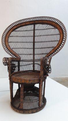 Erotic items chairs, one girl sucks allot of dicks