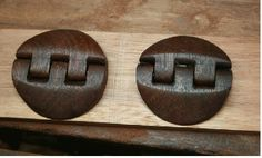How to make beautiful wooden hinges