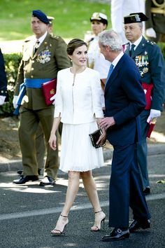 Spanish+Royals+Attend+Armed+Forces+Day+2015+_qmyo71x0X0x