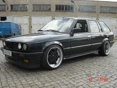 touring e30 Bmw E30 Touring, Hot Wheels, Lust, Cars, Bicycles, Motorbikes