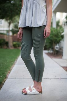 Say hello to your new favorite leggings! Soft, comfy, and stretchy you'll never want to take these off! Wear them all year round. Pair with your favorite sandals in the warmer months or your favorite