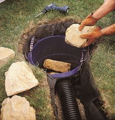 This excellent gutters drainage ideas is a quite inspiring and remarkable idea Backyard Drainage, Landscape Drainage, Rain Garden, Lawn And Garden, Backyard Projects, Outdoor Projects, Sump Pump Drainage, Drainage Solutions, Drainage Ideas