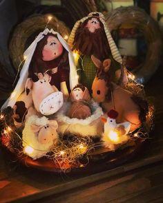 No Decora's media statistics and analytics Christmas Clay, Christmas Sewing, Christmas Makes, Christmas Nativity, Christmas Projects, Christmas Stockings, Christmas Ornaments, Christmas Table Centerpieces, Xmas Decorations