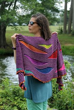 Ravelry: My Summer Song pattern by Lisa Hannes, for gradient sets fingering My Summer Song is a fun to knit crescent shaped shawl worked in garter stripes, which open up in various spots to play with different lace and multiple coloured crescent inserts. Knitting Short Rows, Knitting Stitches, Knitting Yarn, Hand Knitting, Knitting Patterns, Knitted Shawls, Crochet Scarves, Crochet Shawl, Knit Crochet