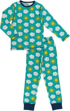 Lovely sky print in soft organic cotton.Kids clothes from Maxomorra.