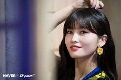 Dispatch shooting a clip 'Yes or Yes' MOMO Yes Music, K Pop Music, Nayeon, South Korean Girls, Korean Girl Groups, Rapper, Sana Momo, Sana Minatozaki, Dahyun