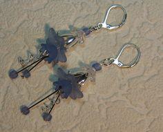 Ohrhänger - Blüten-Ohrringe, Lucite-Flower, Ohrringe für Elfen - ein Designerstück von Mo-saik bei DaWanda