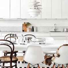 Me and My Sneakers - meandmybentley:   A cosy all white kitchen comes...
