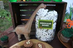 Dinosaurs Birthday Party Ideas Photo 1 of 30 Catch My Party Birthday Party At Park, Fourth Birthday, Dinosaur Birthday Party, 4th Birthday Parties, Birthday Cupcakes, Birthday Ideas, Dinosaur Themed Food, Dinosaur Snacks, 3 Year Old Birthday Party Boy