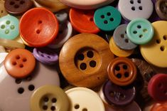 Although there are many kinds of buttons, by most accounts National Button Day celebrates buttons that are used on clothing, for ornamentation or as … Do It Yourself Projects, Make It Yourself, Cute Crafts, Diy Crafts, Montessori, Today Holiday, Homemade Crafts, Craft Organization, Scrapbook Paper