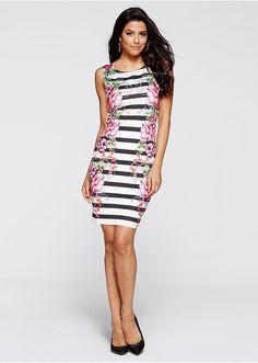Krátke úpletové šaty Vzorová kombinácia • 13.99 € • Bon prix