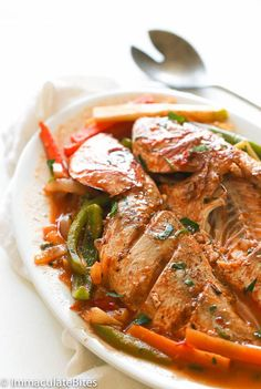 Steamed Fish [whole red snapper, lime or lemon, fresh thyme, paprika… Fish Recipes Jamaican, Jamaican Cuisine, Jamaican Dishes, Jamaican Steam Fish Recipe, Fish Dishes, Seafood Dishes, Seafood Recipes, Cooking Recipes, Healthy Recipes