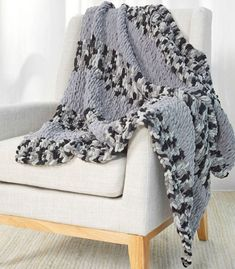 Looping Stripes Throw free finger knitting pattern in Loop-It™ yarn. Looping Stripes Throw free finger knitting pattern in Loop-It™ yarn. Want to snuggle up under a handmade blanket but don. Finger Crochet, Knit Or Crochet, Crochet Motif, Loom Knitting Patterns, Arm Knitting, Scarf Patterns, Finger Knitting Projects, Yarn Projects, Sewing Projects